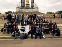 """Exposition du """"Voyage linguistique et culturel à Londres"""" (2°3/2°4 """"Section Européenne"""" et 1°ES/1°S) à l'amphithéâtre du Lycée"""