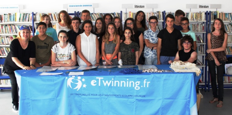 "Attribution du label de qualité national ""eTwinning"" à la classe de 4ème europénne (promotion 2015-2016) de Mme Collomb"
