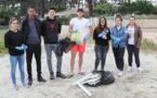 """Opération """"Grand nettoyage de la plage de Vignale"""" par la mini-entreprise """"Infinity Clean"""" (1°STMG)"""