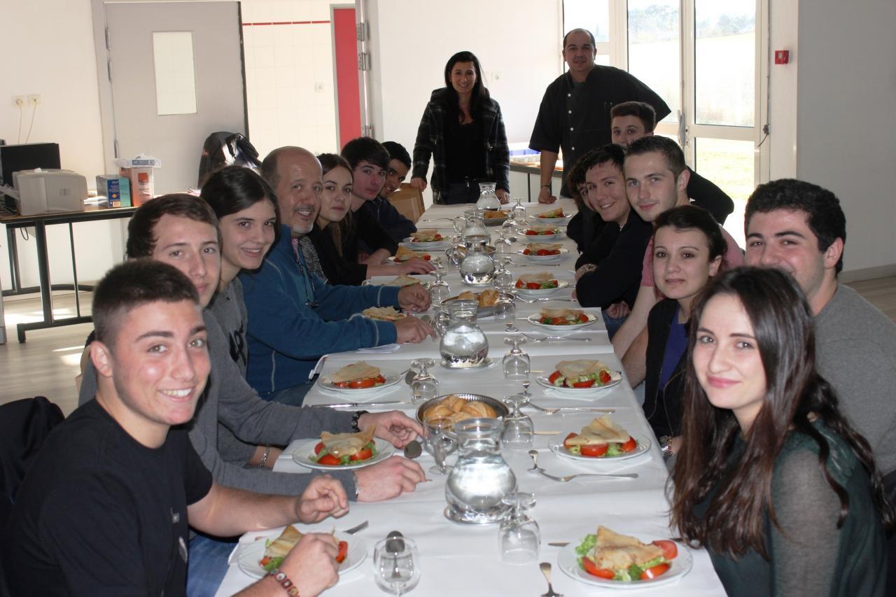 repas des membres du cvl  u00e0 la segpa
