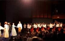 Les élèves de 6ème et 5ème CHAMD chantent l'opéra comique